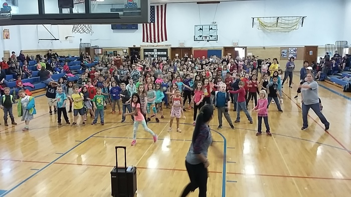 MGS students doing Zumba